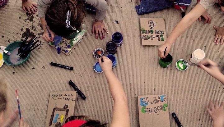 Taller Creativo para niños en vacaciones con Rayuela! 13 - OiHoy Casa Abierta